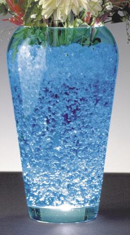 gel hydro rtenteur color dans un vase transparent servant de pique fleurs - Colorant Eau Vase